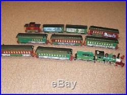 12 CAR Hawthorne Village Thomas Kinkade's Christmas Express Train Set