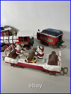 1987 NEW BRIGHT G HOLIDAY EXPRESS 4 Pc TRAIN SET Animated Bears Christmas Cars