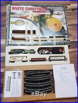 Bachmann White Christmas Express Model Train Set(#00609 ...