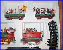 Christmas Around the World Musical Animation Christmas Train Set 1998 NIB