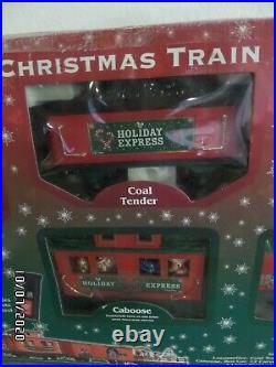DISNEY PARKS Christmas Train 30 Piece Set withRemote-Yuletide Farmhouse Collection