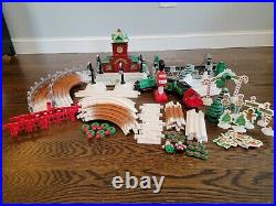 Fisher Price GeoTrax Christmas Toy Town Train Set Clean, Working & 99% Comp