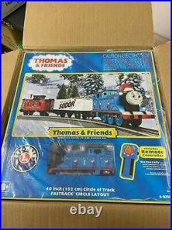 Lionel 6-85324 Thomas & Friends Sodor Christmas O Gauge Train Set with LionChief