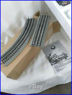 Lionel Bass Pro Shops North Pole Central Christmas Train Set 6-82151 NIB