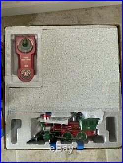 NIB Lionel Mickey's Holiday to Remember Disney Christmas Train Set O-Gauge