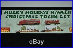 N Scale MTL 99321290 Husky Holiday Hauler Christmas Train Set 4 Pack J14167