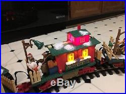 New Bright Animated Dillard's Christmas Train Set. 2 Extra Cars. 6 Extra Rails