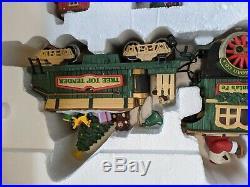 New Bright Holiday express train set 380 1997 xmas santa