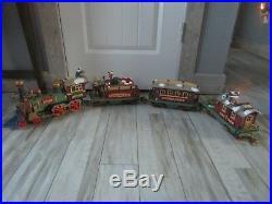 New Bright Santa's Village Express Christmas L. E. Electric Train Set #280