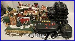 The HOLIDAY EXPRESS Animated Christmas Train Set #380 1996
