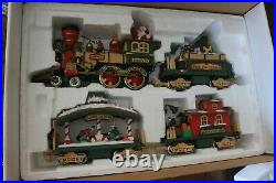 The HOLIDAY EXPRESS Animated Christmas Train Set #384 1996 G Scale