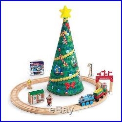 Thomas 19 Christmas Tree Wonderland Wooden Train Set Santa cdr03 NEW Engine toy