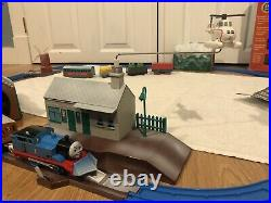 Thomas The Train Trackmaster Tomy HOLIDAY SET CHRISTMAS GREAT CONDITION WITH BOX